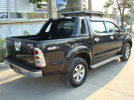 , Dubai is world's largest 4x4 Toyota Hilux Vigo exporter - rear view